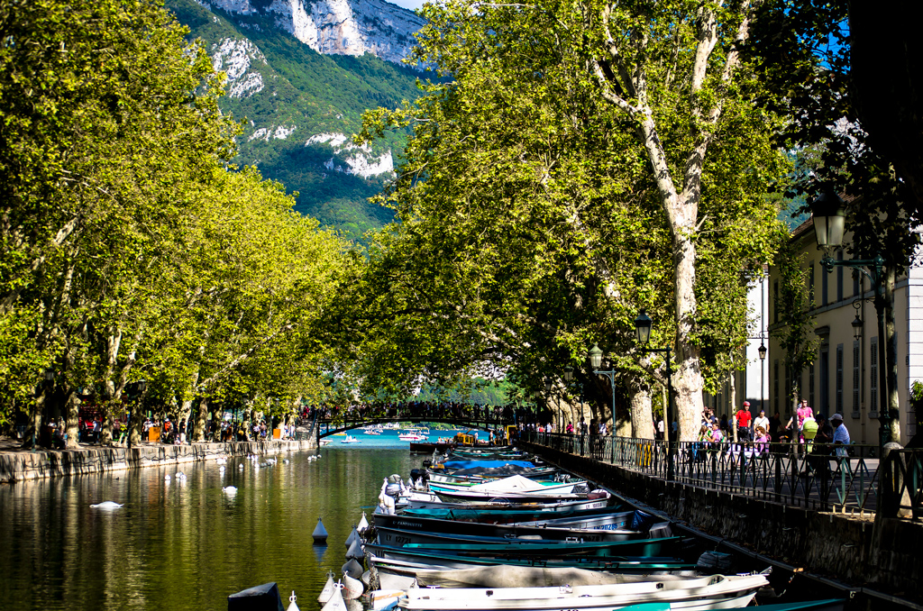 A view of Lake Annecy and the Pont d'amour