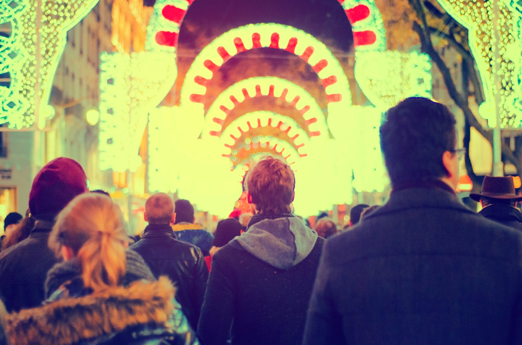 The crowds enjoying Scintillante at the Rue de la Republique