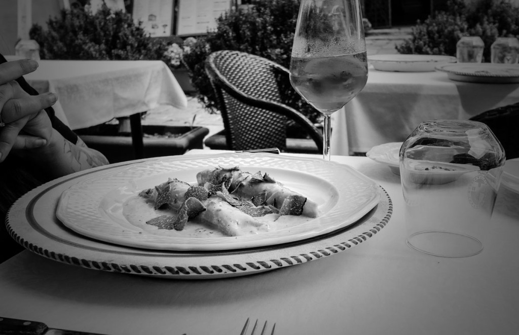 Crêpes filled with ricotta cheese and spinachwith truffle shavings at La Torre in Montecatini Alto