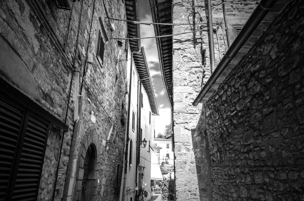 Narrow passageway leading to the Piazza in Montecatini Alto