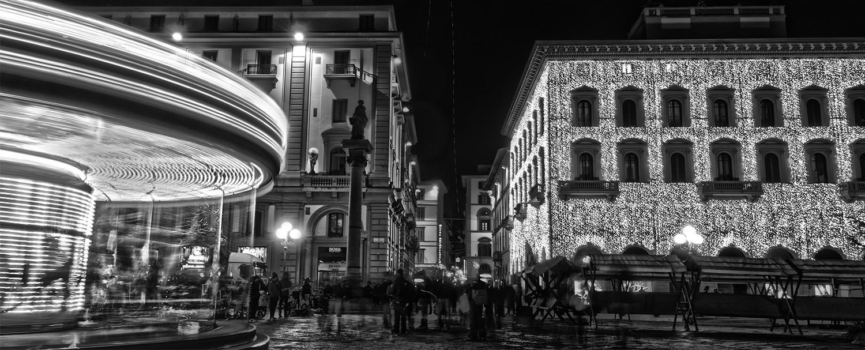 Piazza della Repubblica in Firenze lit lit for Christmas